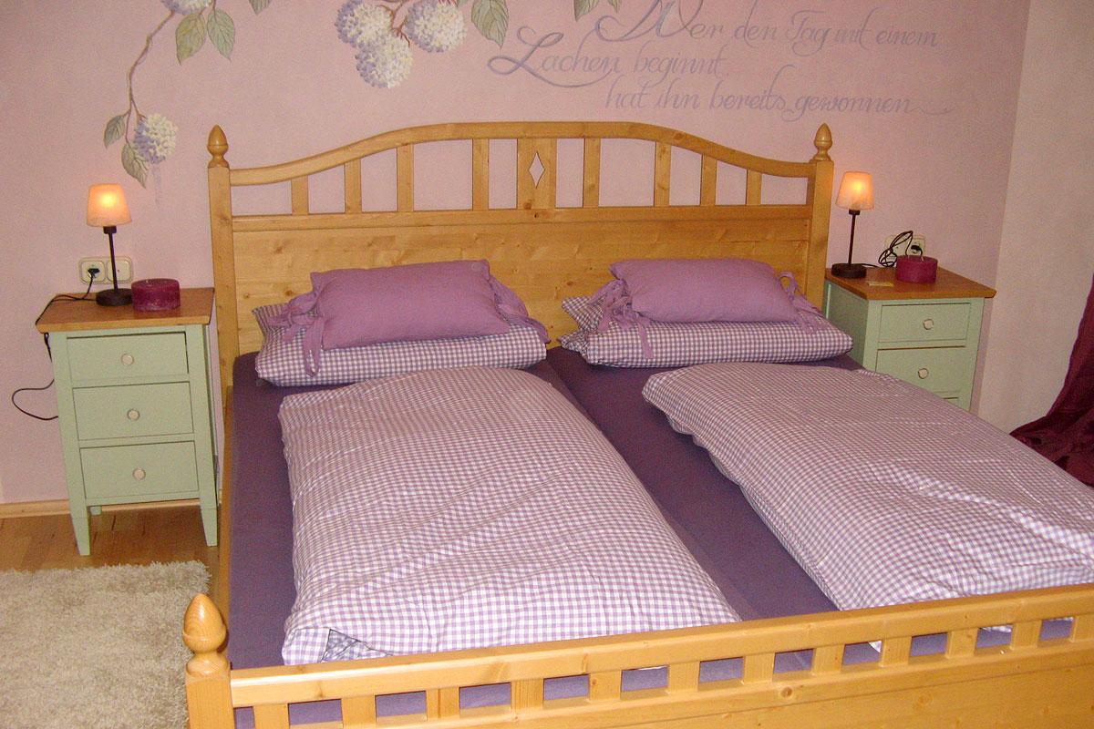 Gemütliches Schlafzimmer in der Ferienwohnung Bauernhof