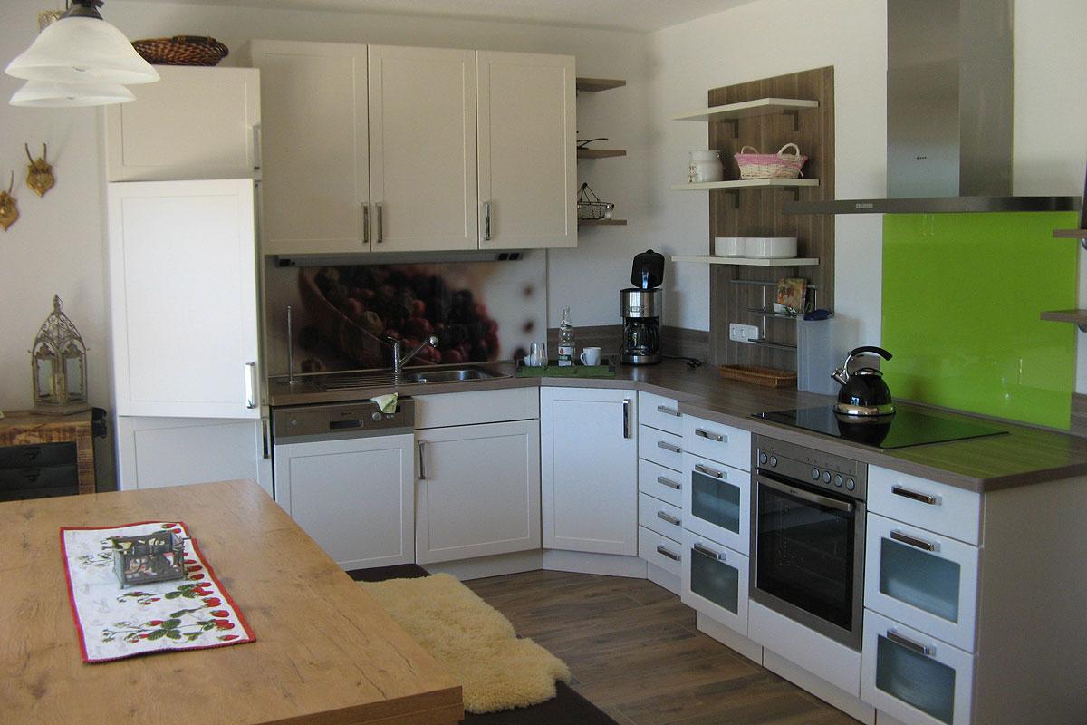 Moderne Küche in unserer 5 Sterne Ferienwohnung Zum Bauerngarten